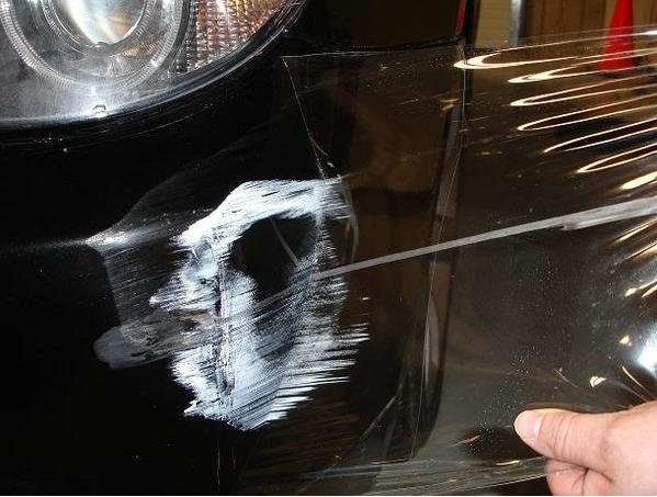 Как защитить кузов автомобиля от царапин?