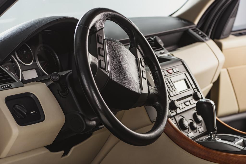 Забота о салоне автомобиля: уход и защита